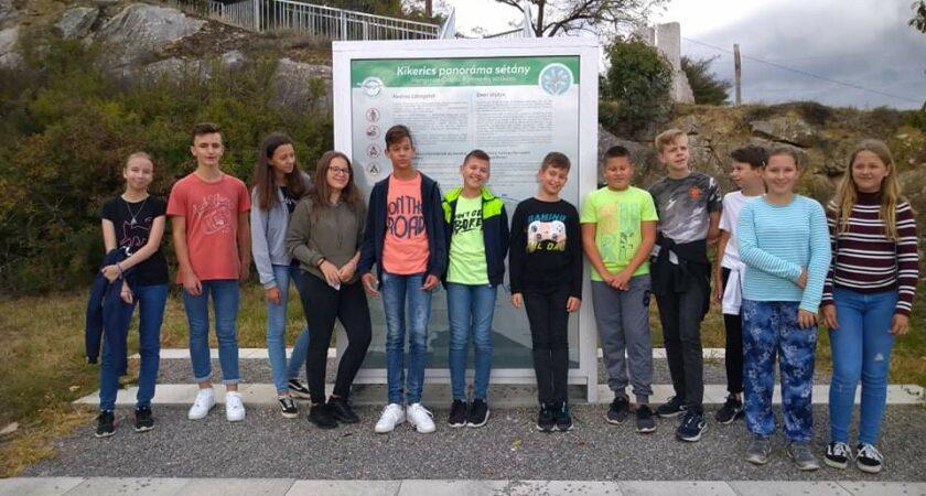 Natura 2.0 szakkör a Kikerics panoráma sétányon
