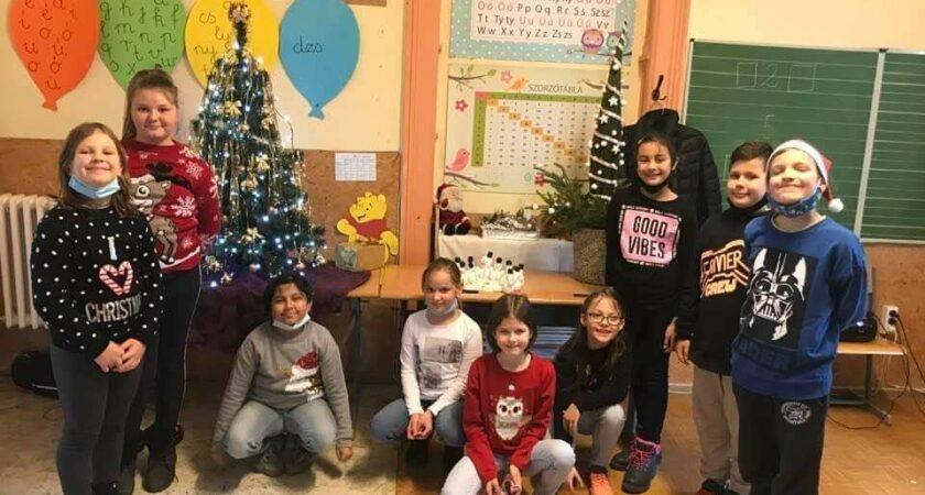 Karácsonyi készülődés az alsós napközi csoportban