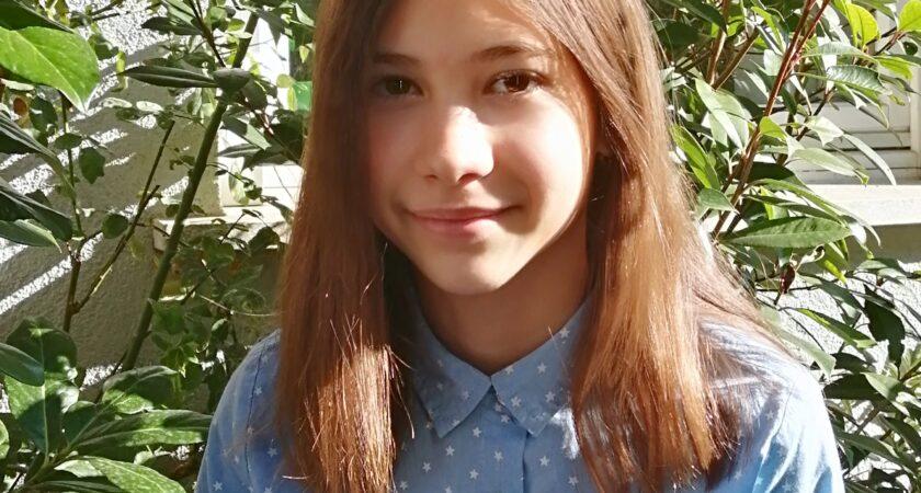 Új év, új siker: Czinczár Flóra Európa Ifjú Költője versfordító pályázat első díját nyerte el