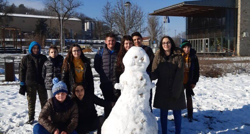 6.a osztály és a hóember