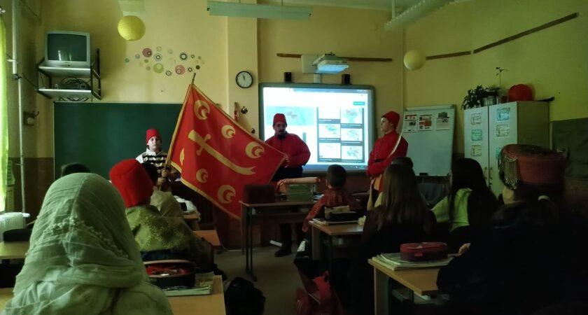 Rendhagyó történelemóra a 6. a osztályban!